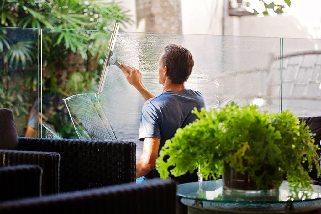 Window Cleaner Jamaica